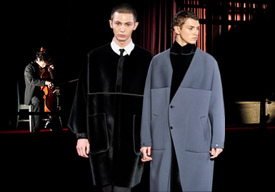N.Hoolywood由日本设计师Daisuke Obana(尾花大辅)于2002年成立。作为日本Hi-Casual高端潮流品牌。N.Hoolywood的时装秀通常是主题性的,但这次尾花选择了简单化的、注重潮流的服装,设计出有趣的系列款式。N.Hoolywood 20/21秋冬系列选择与艺术家常田大希进行共演,现场大提琴独奏,也是为庆祝将品牌的发表舞台转移到纽约十周年的一个值得纪念的系列设计。