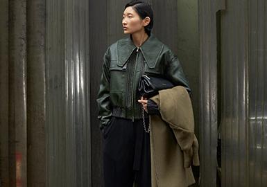 2005年, 林能平和合伙人 周绚文共同创立品牌3.1 Phillip Lim,时年二人都恰好是31岁,这并不是一个匆忙的决定,最初,在一家冲浪运动服公司的支持下,林能平开始设计他的首个系列,秉承自然系概念,系列中充满大量的低调、特立独行并富有细节的单品,色彩也遵循一贯的自然色系。环保、慈善等话题同时也成为环绕其品牌的主要话题。