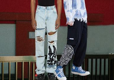 裤子作为日常最常见的单品之一,一年四季都颇受消费者青睐。机能风依然流行,束脚裤因裤脚收口的设计而呈现出强烈的造型感,直筒裤和牛仔单品在近几季异军突起,成为新兴的受关注单品。而在工艺方面,色块和材质的拼接依然是设计师们乐此不疲的表现方向,也给予了款式更大创新和魅力。具有个性和未来科技风的图案开始受到欢迎,也将成为主流的设计方向。