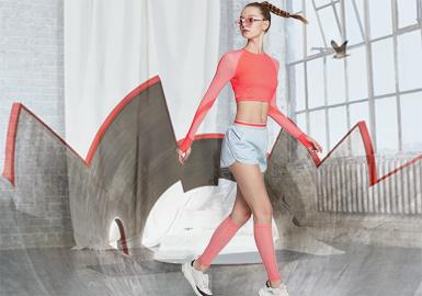 自由行,笑春风--女装运动廓形趋势