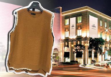 近年来受韩国电视剧、韩流明星带货影响,国内消费者对于韩风服装的关注不断攀升,而当下疫情严峻,对国外的服装市场动向了解受到限制,POP整理2020春夏韩国零售市场简约淑女风格的毛衫资料,带来最新市场资讯。从时下流行的热门细节、工艺,纱线运用,以及重点单品推荐四个维度来做剖析。