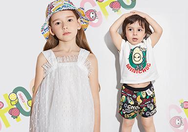 """童年是美好的 ,每一个时刻都值得用爱去体悟,在2020春夏设计师品牌minichoc以""""热爱""""为主题,利用多彩色系营造童年活力,创造趣味图形与场景。在活力四射的夏日,带孩子们感受每一份""""热爱""""。"""