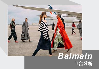"""品牌创始人Pierre Balmain 以75年前的旅行作为灵感,将Balmain 21/22年秋冬系以天空旅行作为灵感。同时,""""旅行""""的目光也投射至大气层之上,犹如上世纪60年代""""Space Age""""的复古未来廓形和闪亮连体裤造型也将过去与当下的未来主义结合在一起,带来探索宇宙的奇妙想象;同时PB Monogram图案,设计师Oliver Rousteing翻出了70年代的品牌印花设计,酷飒中融入复古。"""